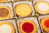 Cookies i en låda — Stockfoto
