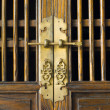 Old traditional Chinese door — Stock Photo