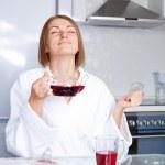 Woman drinking tea — Stock Photo