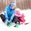 Mother and daughter skiing - Stockfoto