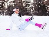 Woman ice skating — Stock Photo