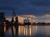 Evening in the port — Stock Photo