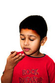 едят конфеты — Стоковое фото