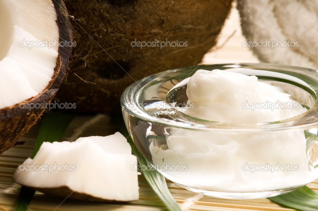 Coconut and coconut oil — Stock Photo #4645950