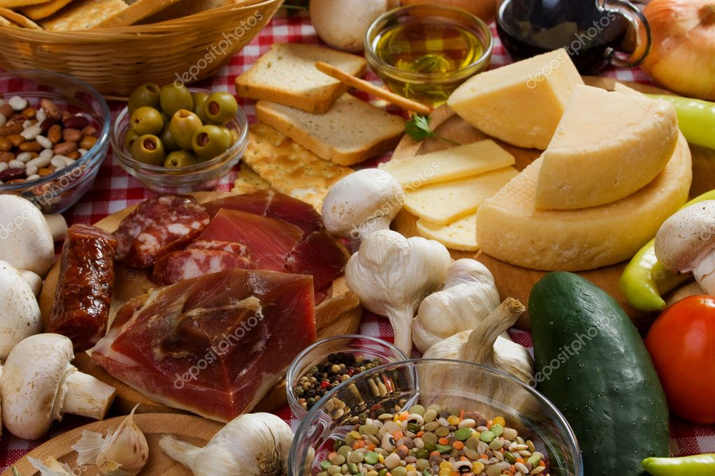 Italian food ingredients stock photo igordutina 4024612 for Cuisine 5 ingredients
