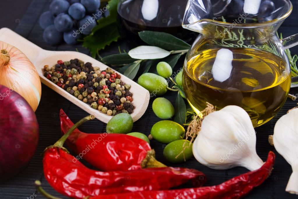 Olive oil with spices and food ingredients stock photo for Cuisine 5 ingredients