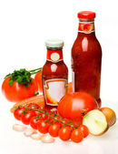 Sauce and vegetables — Stock Photo