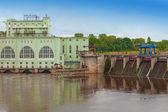 Volkhov HYDROELECTRIC POWER station-hydro power station on river Volkhov, R — Foto de Stock