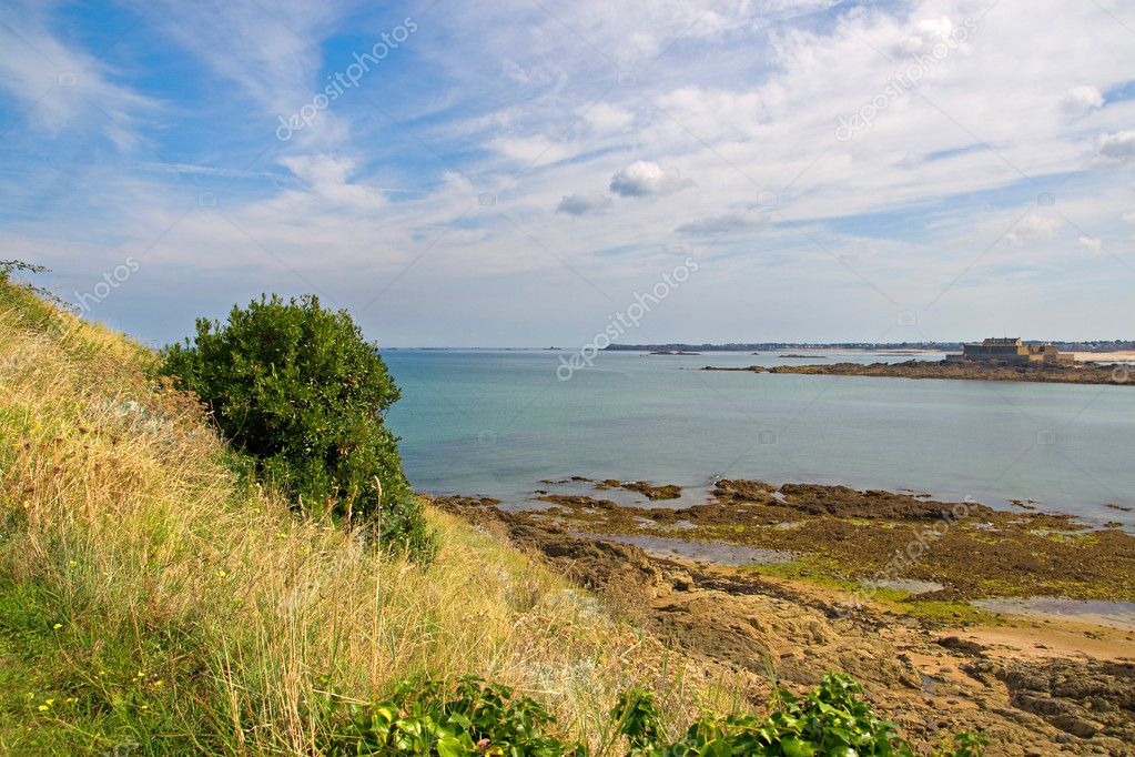 The sea near Saint Malo in Brittany, France — Stock Photo #4243241