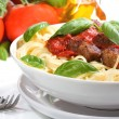 Pasta with meatballs and basil — Stock Photo #5167782