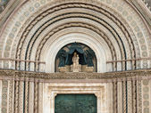 Main west portal - Orvieto Cathedral . — Stock Photo
