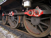 Close-up of wheels of a steam locomotive — Стоковое фото