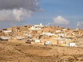 Town in Sahara desert, Tunisia — Stock Photo