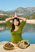 Lakeside yoga — Stock Photo
