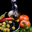 Olive oil, tomatoes, pepper and greens — ストック写真