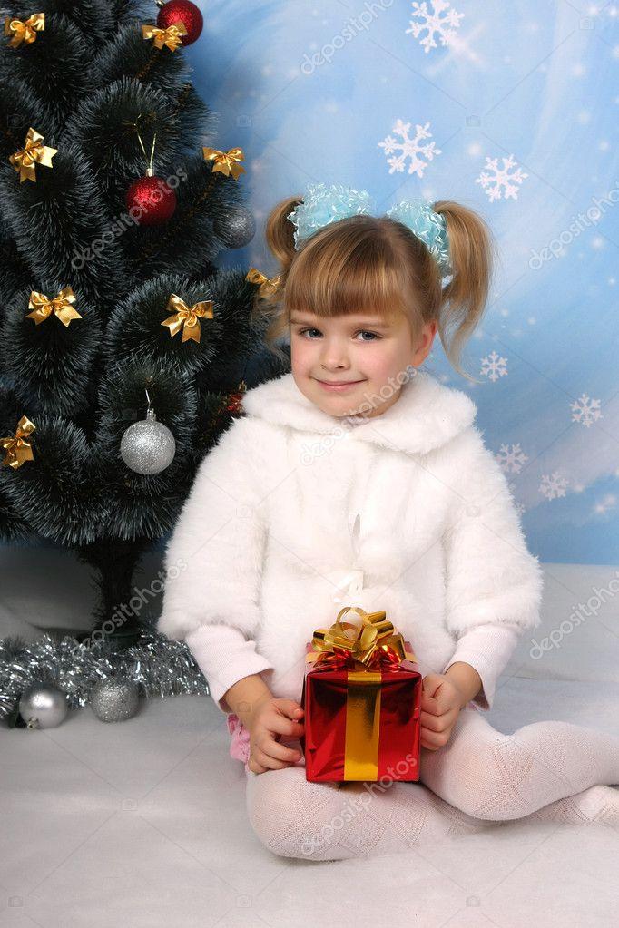 Гифки красивые молодые девушки фото