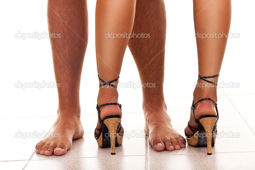 Naked legs of man and woman, close up — Stock Photo #5253227