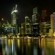 Construction by Singapore River Skyline at Night — Stock Photo