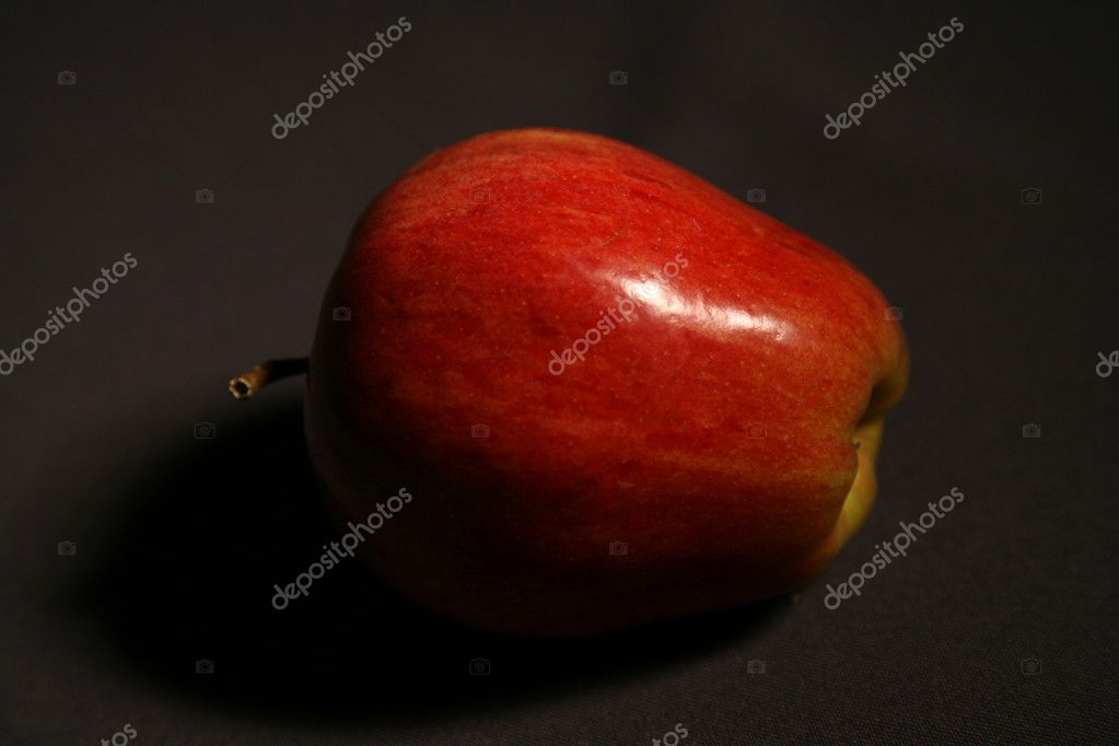 Red apples on a black background — Stock Photo #4318659