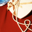 Pearls.Gift box — Stock Photo