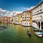 Venice canal — Stock Photo #5046886
