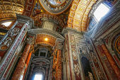 Indoor St. Peter's Basilica — 图库照片
