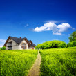 Summer new farmhouse — Stockfoto