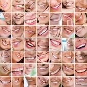 улыбаясь — Стоковое фото