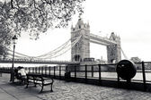 Tower bridge em londres — Fotografia Stock