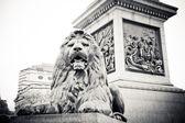 Lion statue — Stock Photo
