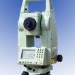 Theodolite measurement instrument outdoors isolated — Stock Photo #4305266