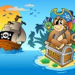 Pirate monkey and chest on island — Stock Vector
