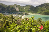 Panorama di mare e il cielo dell'isola di phi phi — Foto Stock