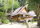 Jungle bungalow in Phi Phi island , Thailand — Stock Photo