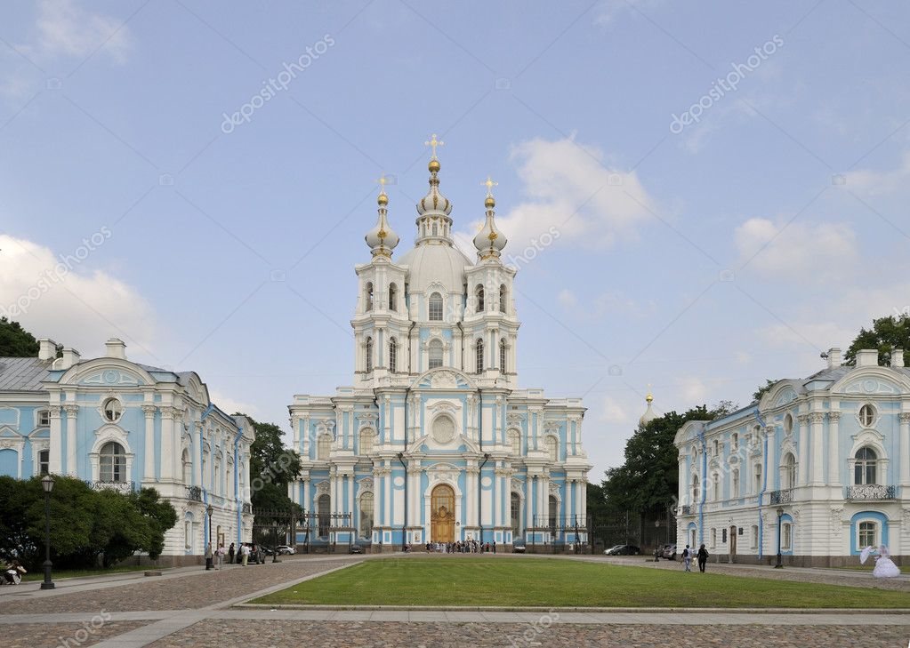 Kind on Smolnyj a cathedral. — Stock Photo #4166003
