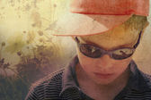 Ročník portrét mladého dítěte v přírodě — Stock fotografie