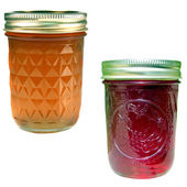 Apple jelly and strawberry jelly — Stock Photo