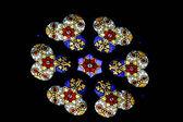 在萨格勒布大教堂的彩色玻璃 — 图库照片