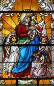 Virgin Mary with baby Jesus and angels — Zdjęcie stockowe