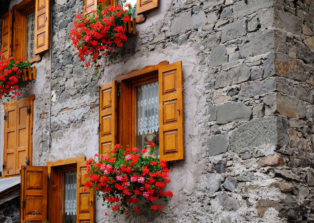 A shot taken in a tipycal mountain village in Italy  Stock Photo #4133649