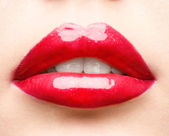 Red lips closeup — 图库照片