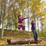 Girls jumping — Stock Photo
