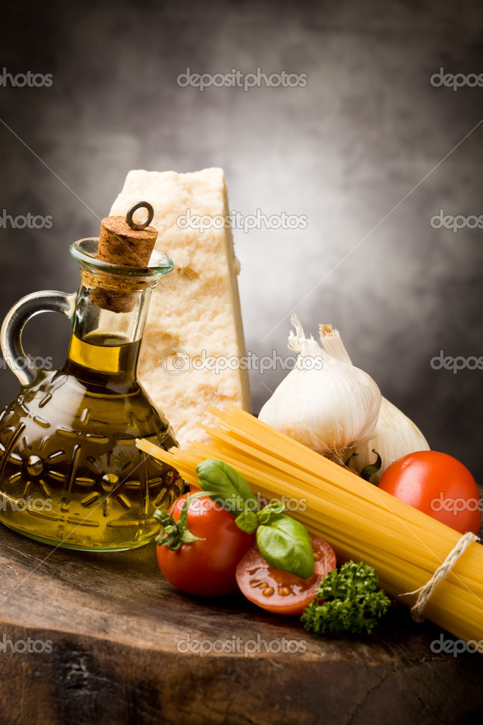 Photo of different ingredients for preparing pasta with tomato sauce — Stock Photo #5228479