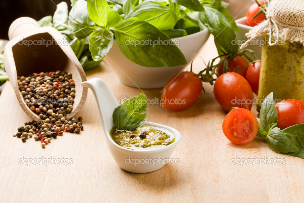 Photo of different ingredients for preparing pesto sauce — Stock Photo #5338212