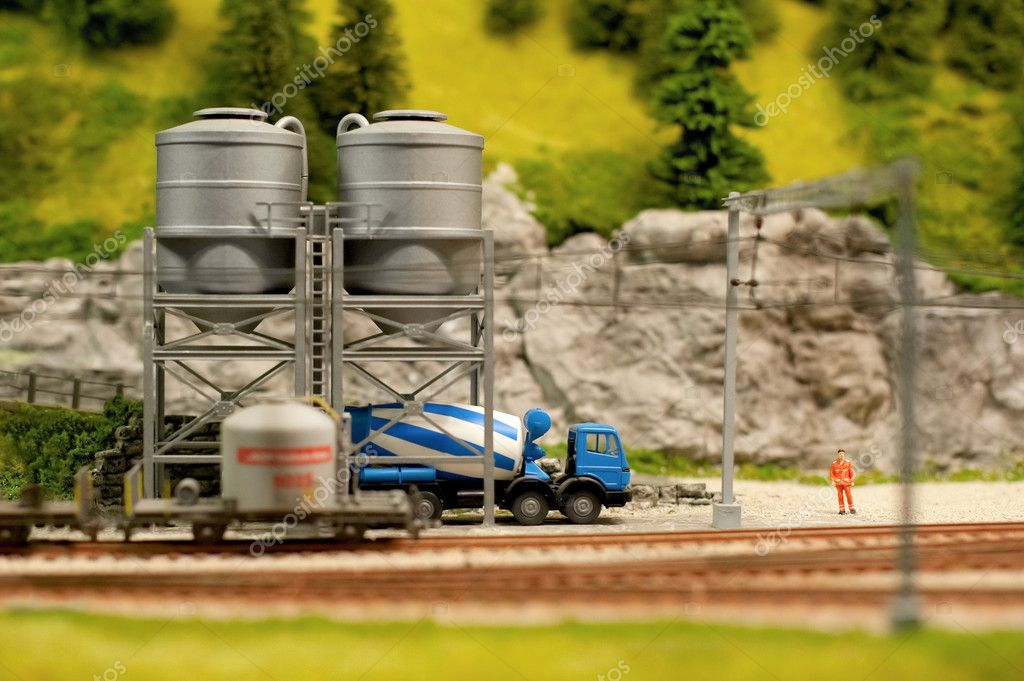 Miniature model cement truck loading from track-side silos — Stock Photo #4071978