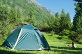 Camp in mountains — Stock Photo