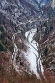 Transfagarasan road and river Arges in Romania — Stock Photo