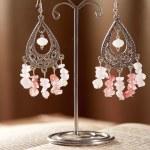 Beautiful handmade jewelry — Stock Photo