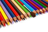 Kolorowe kredki, ołówki i pędzli do farb — Zdjęcie stockowe