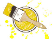 Yellow Paint can with brush — Stock Photo